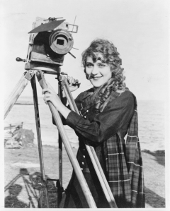 Pickford with a movie camera in 1916. Library of Congress Prints and Photographs Division
